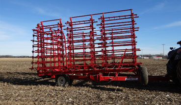 McFarlane HDL-1000 Series Hydraulic Lift and Fold Harrow