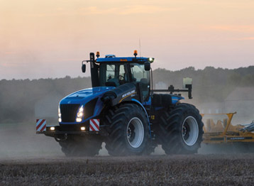 New Holland T9 - TIER 4B Farm Tractor in Utah & Idaho