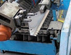 Roto-Mix Verticle Feed Knives from Valley Implement
